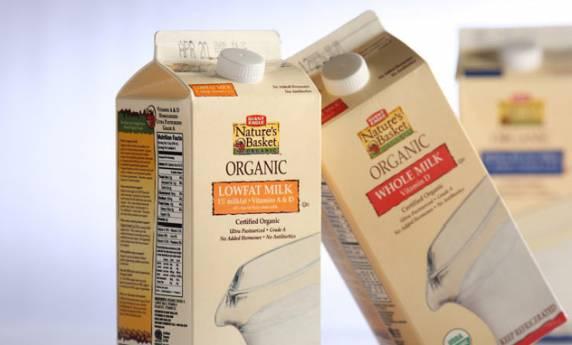Giant Eagle Natures Basket Organic Milk Packaging