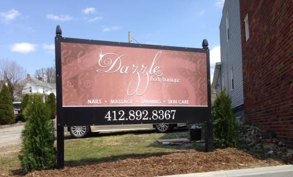 Dazzle Body Boutique Outdoor sign
